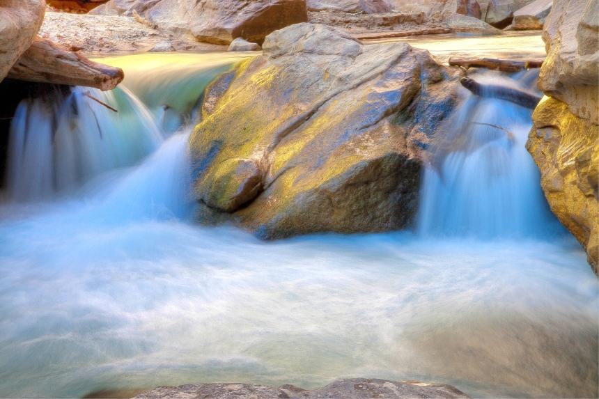 1water rock_-2_-3_-4_tonemapped