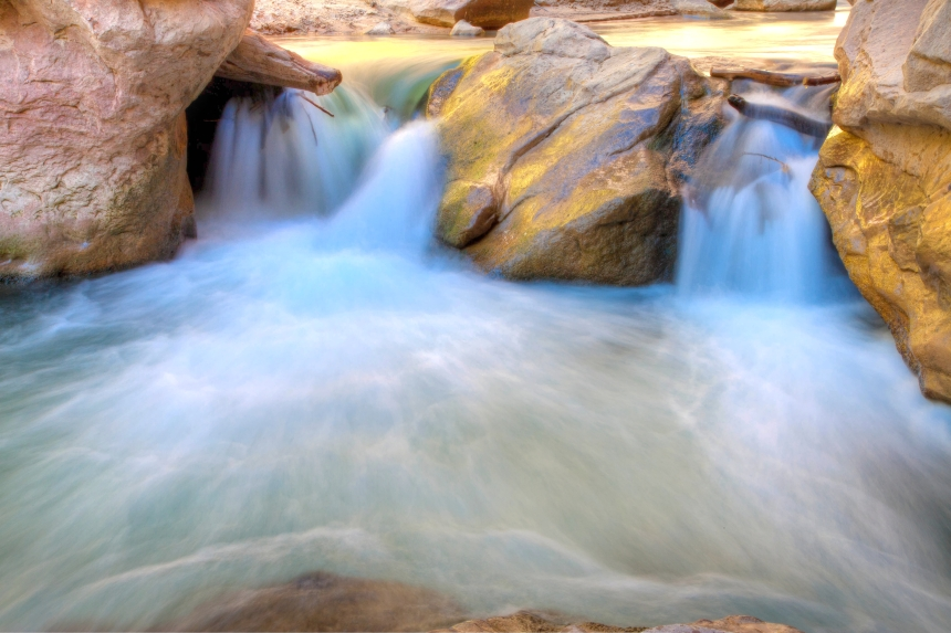 2water rock_-2_-3_-4_tonemapped