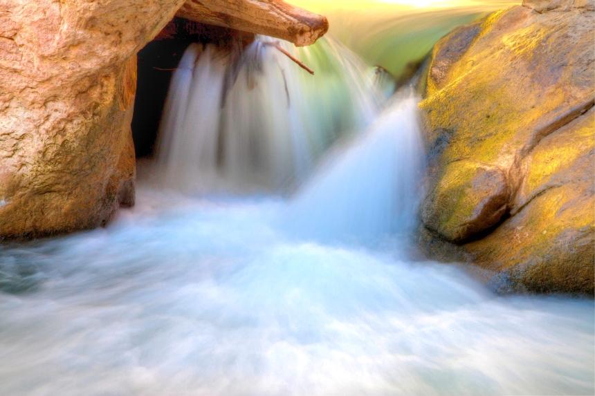 3water rock_-2_-3_-4_tonemapped
