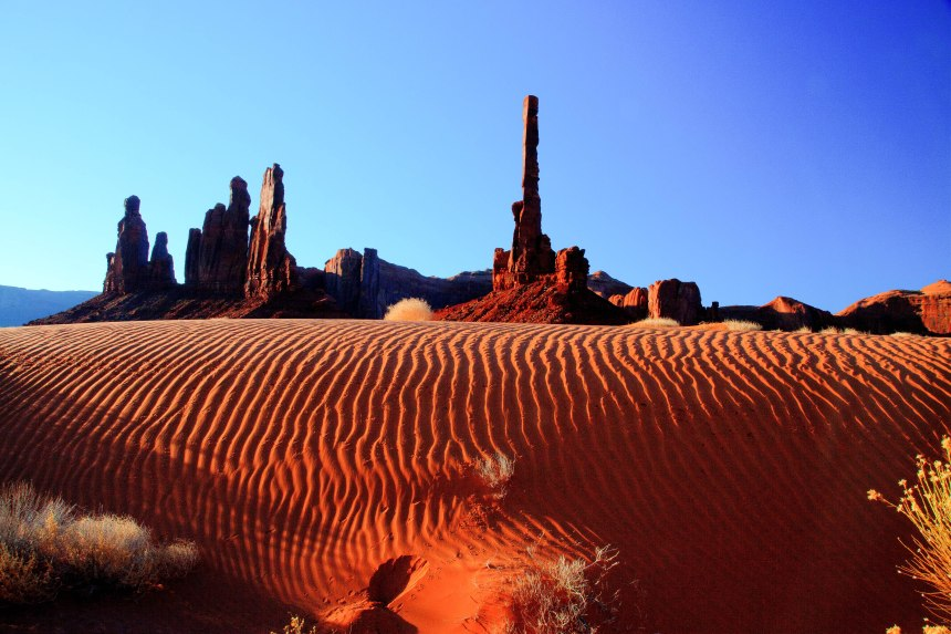 sand dunes adj-3