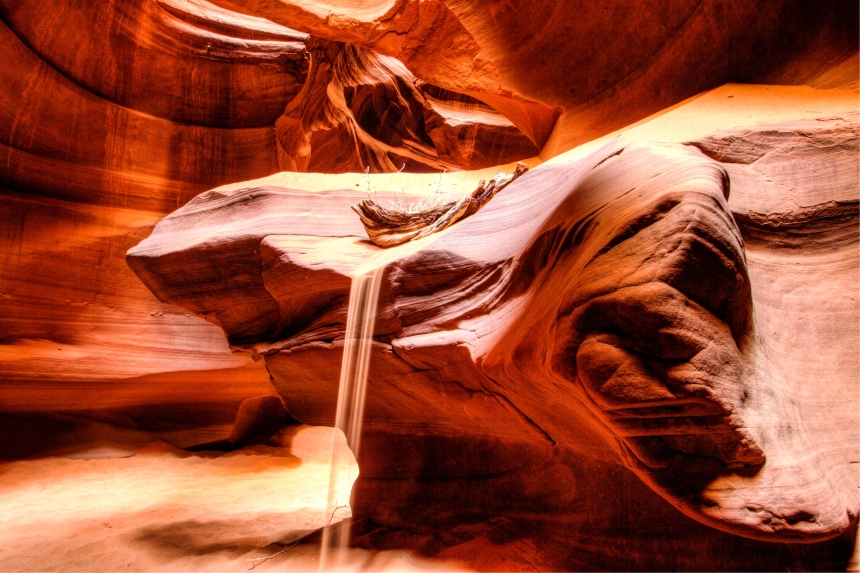 Antelope Canyon sand fall log